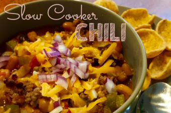 slow cooker chili image